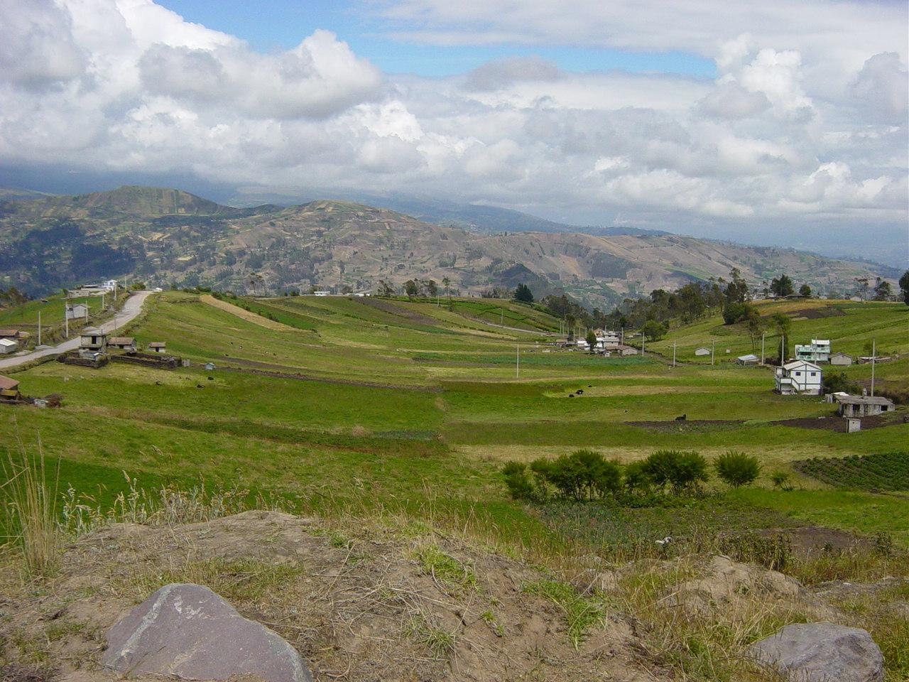 Ecuador_landscape_near_Ambato2